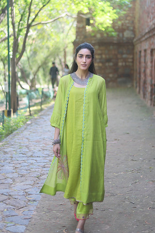 Green Tissue Chanderi Sleeveless Kurta With Floral Applique Embroidered Jacket & Palazzo