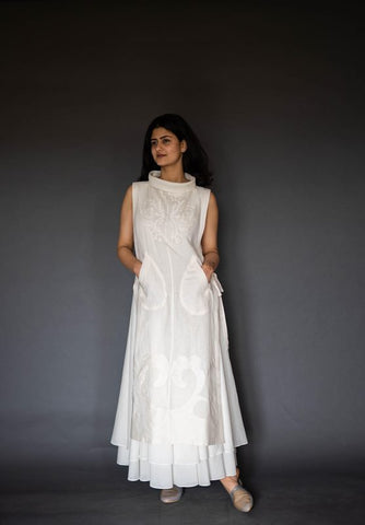 Ivory Linen Double Layer Dress With Applique