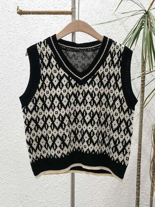 Color Block Graphic Sweater Vest