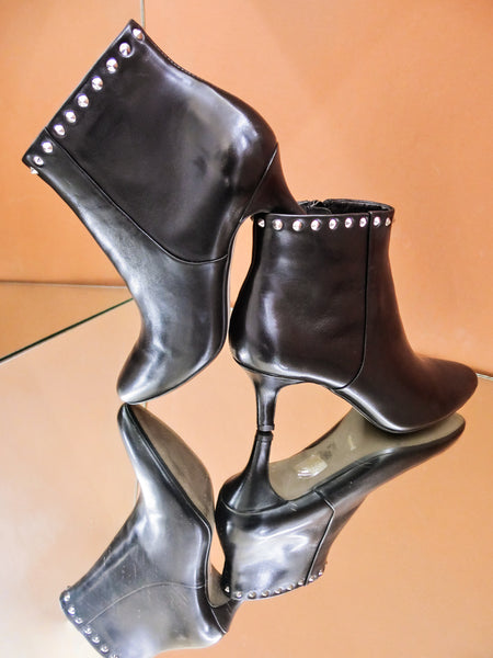 SW19004 Studded Leather Ankle Boots 20% off - Sam Star shoes