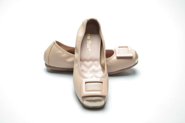 14W02 Buckle pumps with extra cushions R400 off - Sam Star shoes