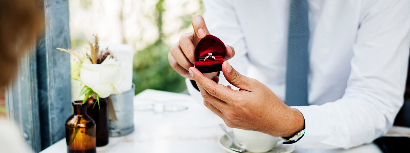What to expect when buying an engagement ring