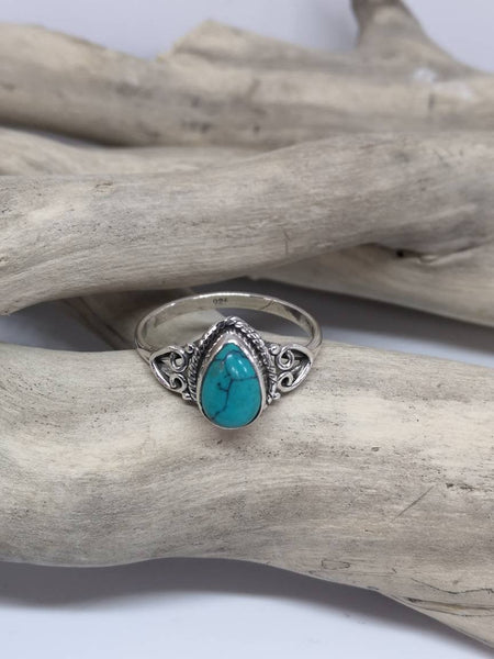 Women's ring in silver 925 with turquoise in the shape of a drop