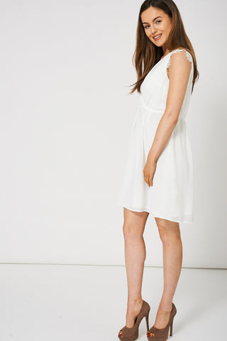 Women's V-Neck Dress With Lace Detail