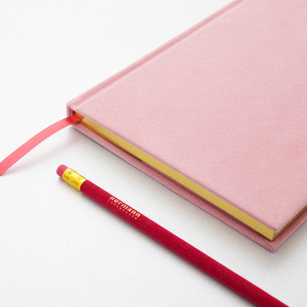 Notebook Velour Small blush von Normann Copenhagen