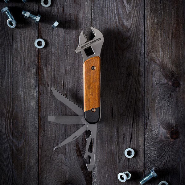 Wrench Multi-Tool von Wild & Wolf