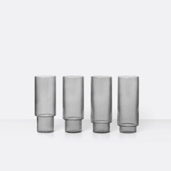 «Ripple» Long Drink Gläser 4er Set in smoked grey von Ferm Living