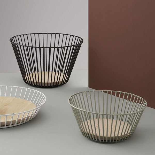 Merry Bowl Large Parterre Brown von Normann Copenhagen
