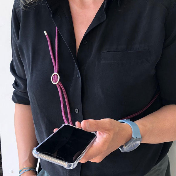 Smartphone necklace «Red Wine» von Urbany's