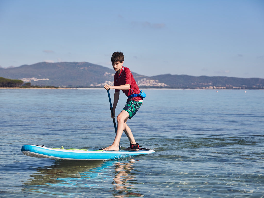 Kid SUP board by red