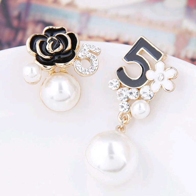 Fashion Luxury Simulated Pearl Long Dangle Chain Earrings