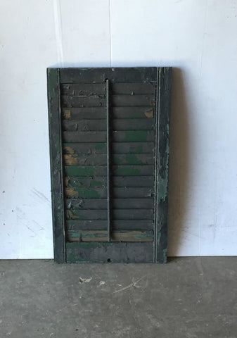 "1 Vtg House Wood Louvered Shutter Shabby Old Chic 28"" X 17"" 834-16"