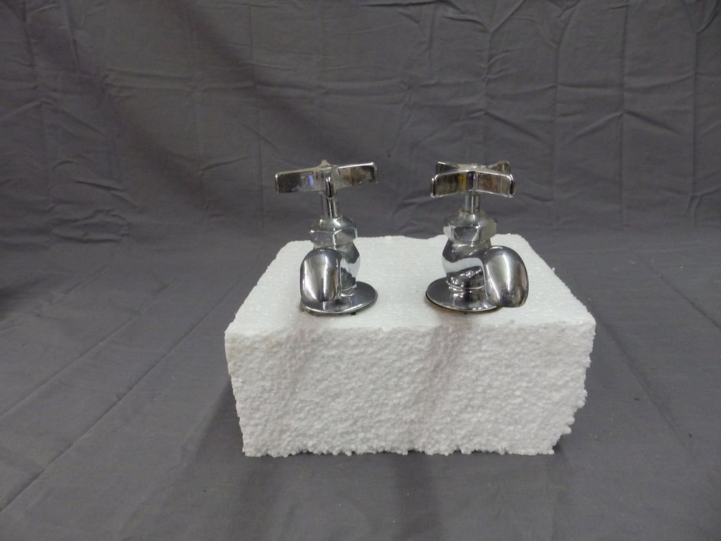 Vtg Pr Chrome Brass Separate Hot Cold Deck Mount Sink Faucets Central  215-18P