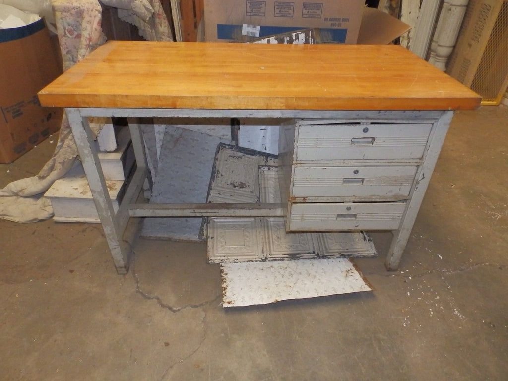Large Vtg Industrial Heavy Steel Butcher Block Table Desk Old Factory 4608-15