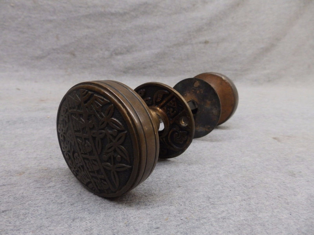 Antique Brass Door Knob Set Eastlake Old Vintage Decorative Hardware 507-17R