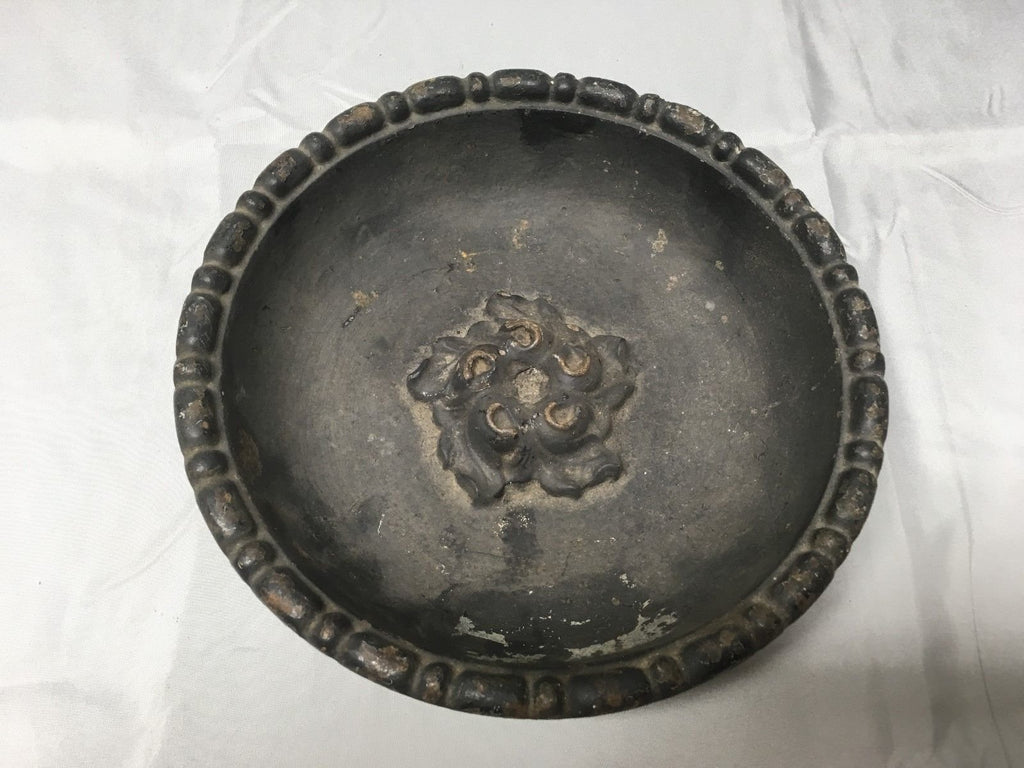 Antique Cast Iron Bowl Dish Planter Decorative Tray Urb Pot Old Vintage 545-17E