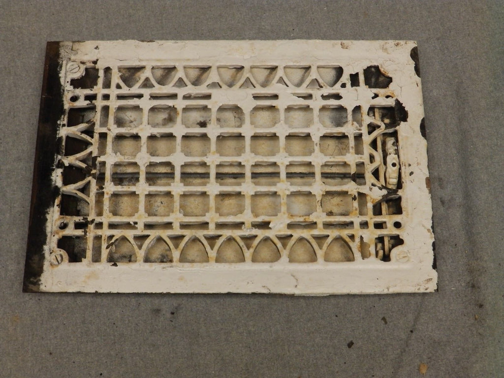 Antique Cast Iron Gothic Heat Grate Register Vent Old Vtg Hardware 618-16