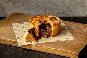 "Pieminister ""Mooless Moo"" vegan ""steak"", ale & black pepper pie 270g"