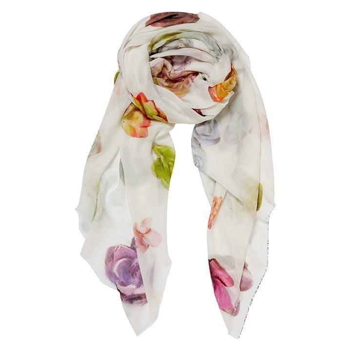 English Weather Accessories English Weather Odette measures 55 by 55