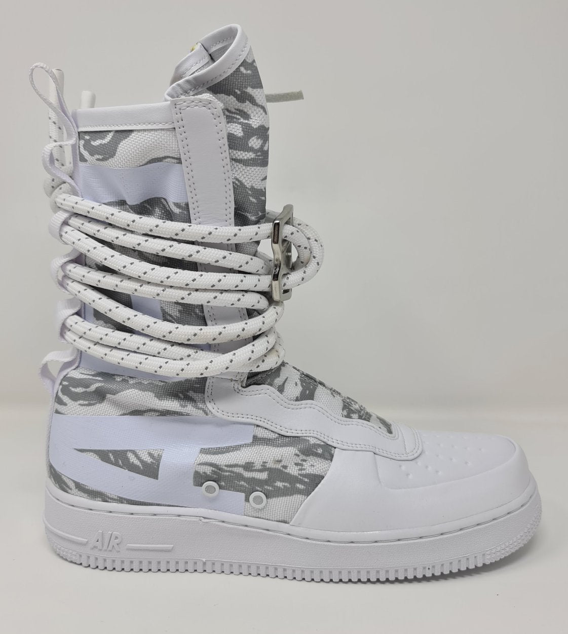 Nike Special Field Air Force Hi Premium Ibex Winter Triple White AA1130100