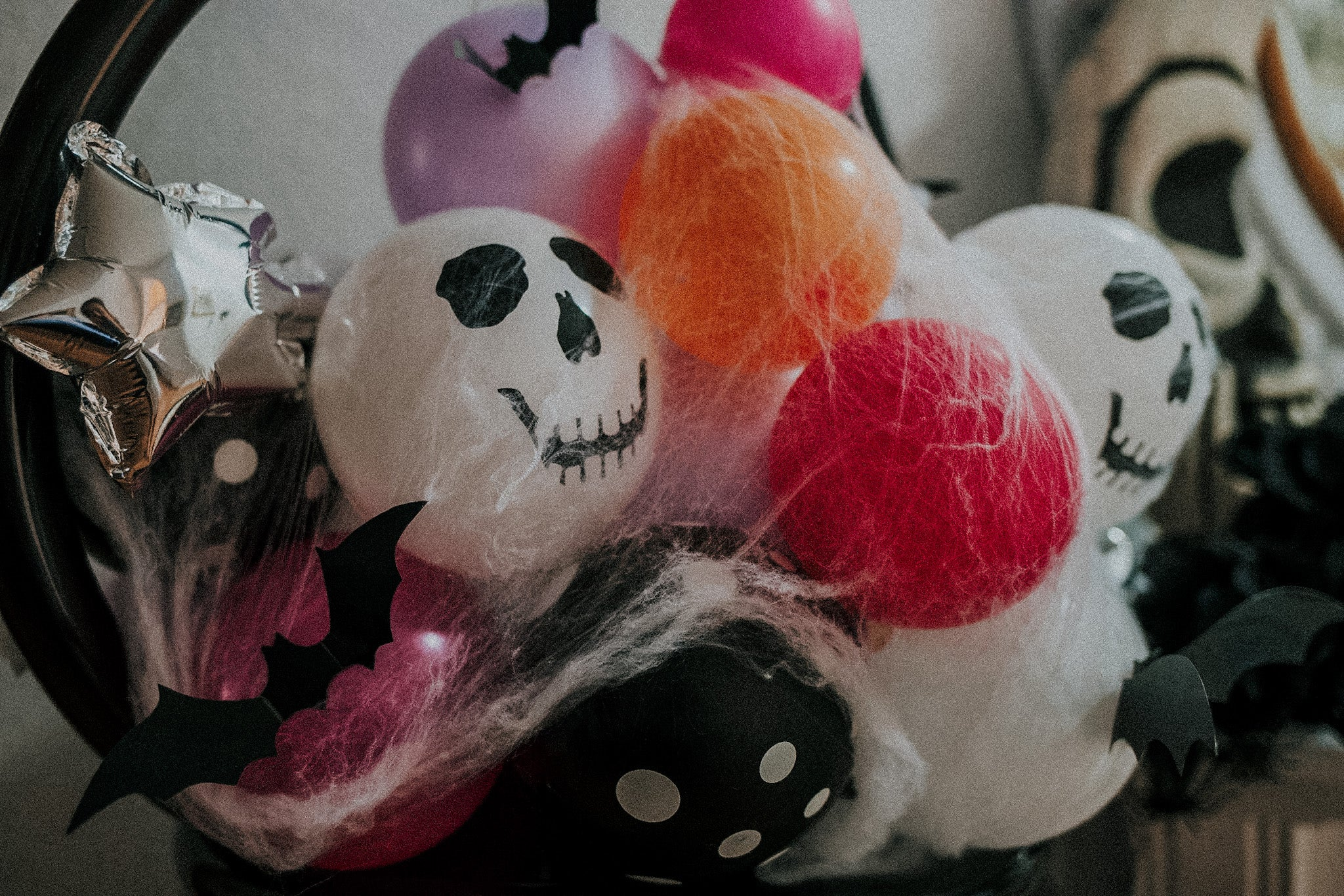 "Ghost Ghouls ""Pop + See"" Candy Balloon Bouquet"