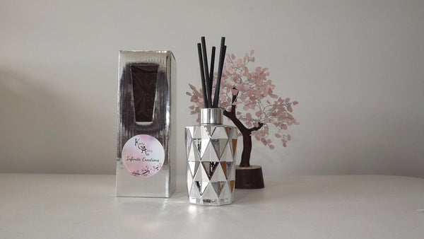 Silver Diamond Cut Scented Reed Diffuser 170mls (Avail in 25+fragrances) - Kerry Ann's Infinite Creations @ The Scented Candle