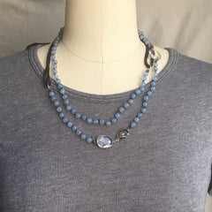 AQUAMARINE AND LEATHER NECKLACE