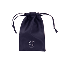 Load image into Gallery viewer, 100% Mulberry Silk Face Mask Pouch - Black - UNCU London™
