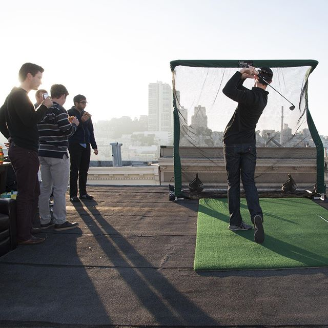 Office Golf Rooftop