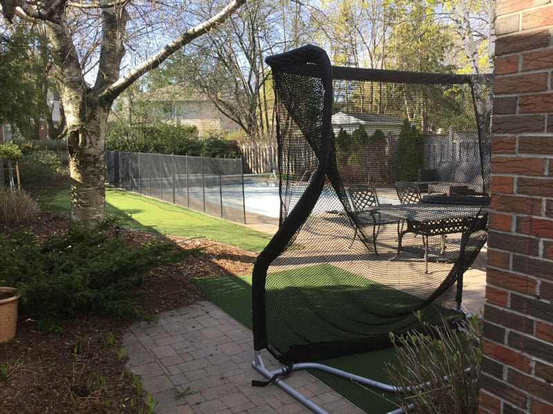 Home Series Golf Net in Backyard