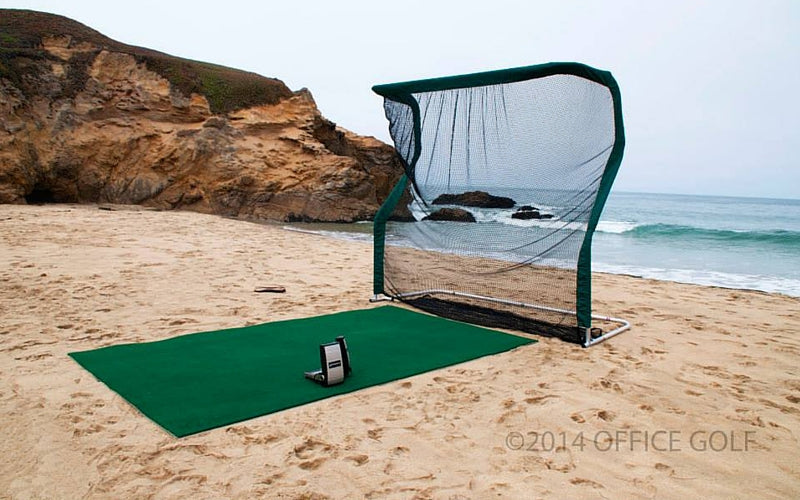 Pro Series Golf Net on Beach