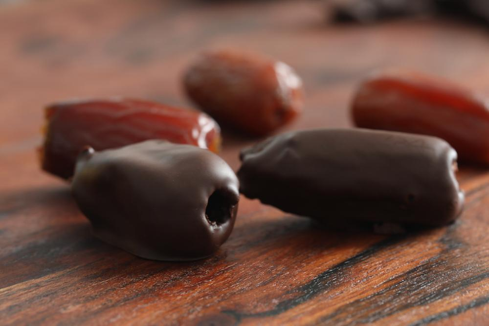 Load image into Gallery viewer, Organic 100% Chocolate Dipped Dates - Sweetduetchocolate