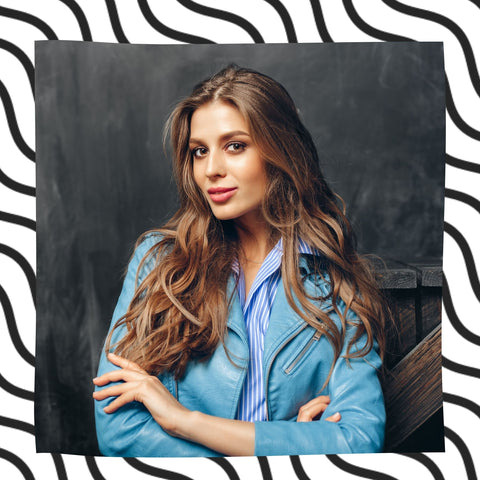 TYPE 2A WAVY HAIR IMAGE OF WOMAN