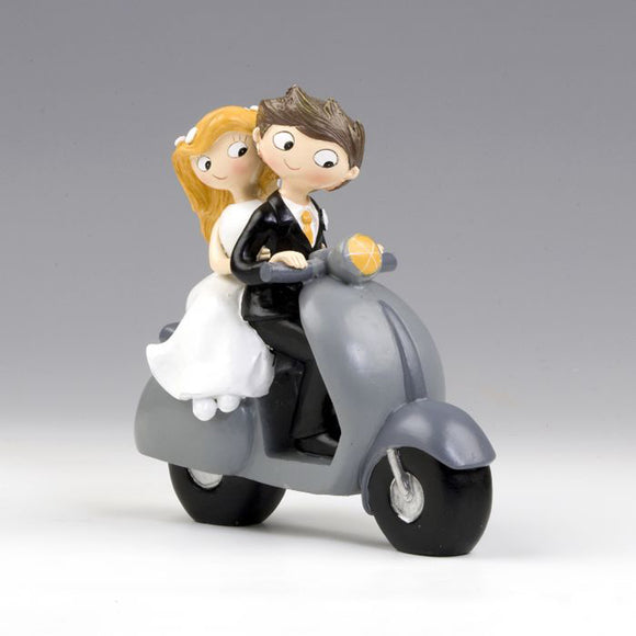 Cake topper sposi in scooter Mopec