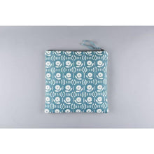 Load image into Gallery viewer, ARPORA vintage floral design large cotton canvas wash bag - Bezar