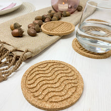 Load image into Gallery viewer, FLOW - Cork coasters, round, set of 6, nature design