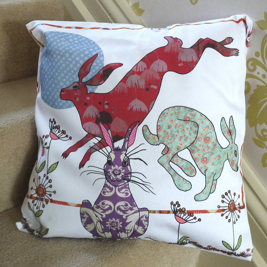 Flick of Hares | Cushion - Bezar