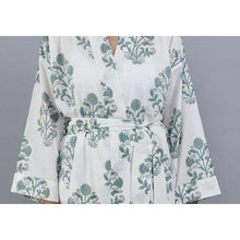 Load image into Gallery viewer, SAMODE floral cluster design bathrobe in soft teal - Bezar