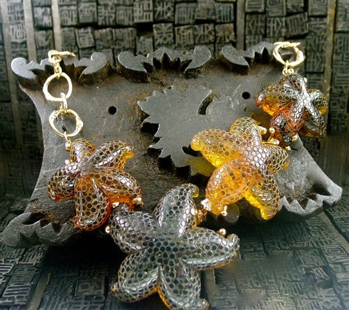 Lucifer Vir Honestus 18K Rose Gold and Carved Amber Starfish Necklace