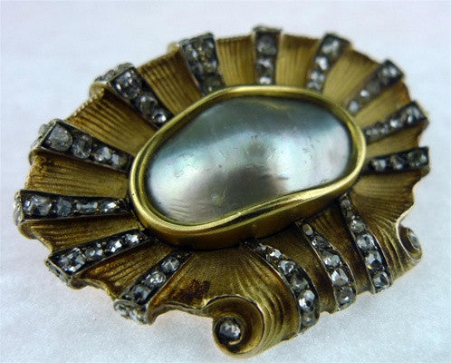 Antique Blister Pearl and Diamond Brooch in 18K Yellow Gold