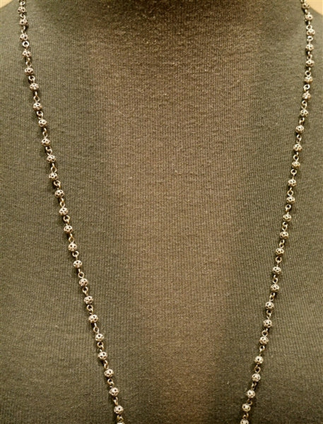 Kimme Winter Small Beaded Grey Pearl Rosary Necklace