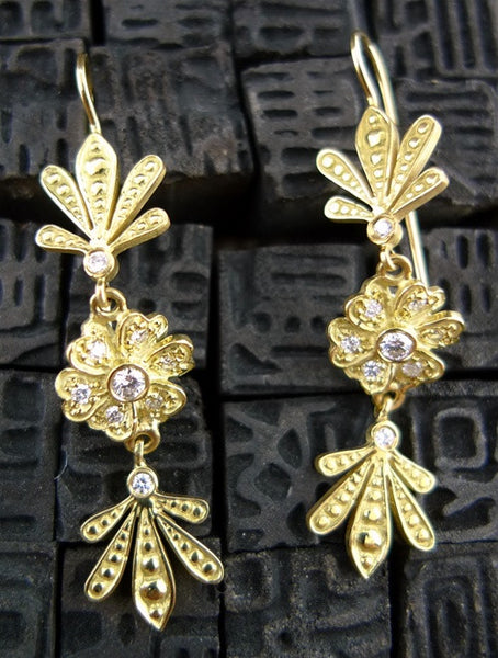 Jamie Wolf Diamond  Clover Flower Earrings in 18K Yellow Gold