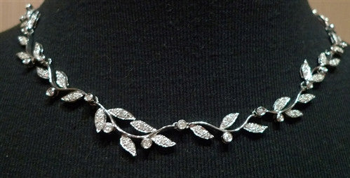 18K White Gold and Diamond Laurel Branch Necklace