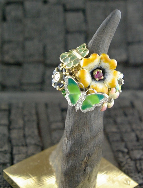 Umlaut 18k & Diamond Enamel Flower Ring with Butterflies