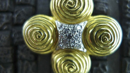 Mazza 18K Yellow Gold and Diamond Brooch/Pendant