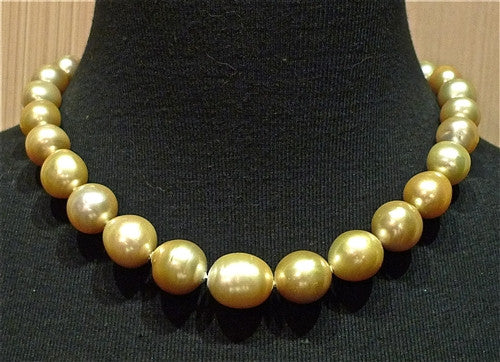 Natural Golden South Sea Pearl Necklace