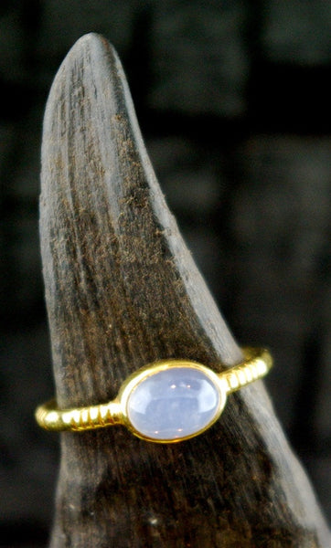 Kimarie Oval Chalcedony Stacking Ring in 22K Yellow Gold
