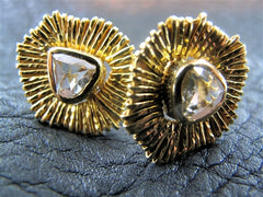 Coomi Diamond Stud Earrings in 20K Yellow Gold