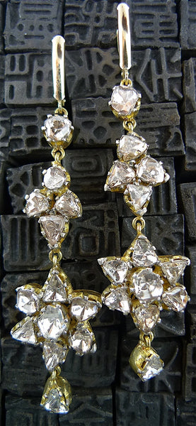 Amrapali 18K Yellow Gold and Diamond Earrings in Flower Motif