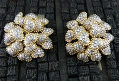 Lorraine Schwartz Large Diamond Heart Cluster Earrings in 18K Gold and Platinum